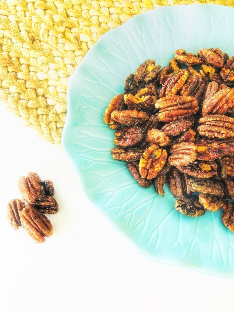 2 ingredient Maple glazed Pecans