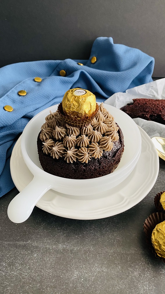 Ferraro Rocher Cake www.Smithasbakelove.com